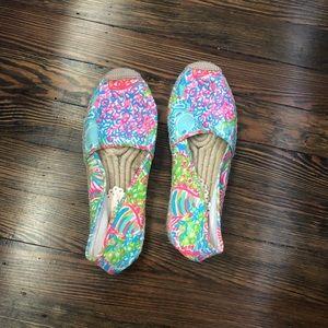 GUC Fan Sea Pants Shoe. Size 6